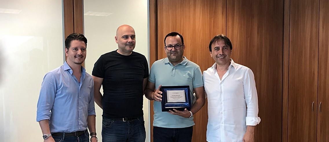 Keraglass - Premiazione miglior agente 2018 pt